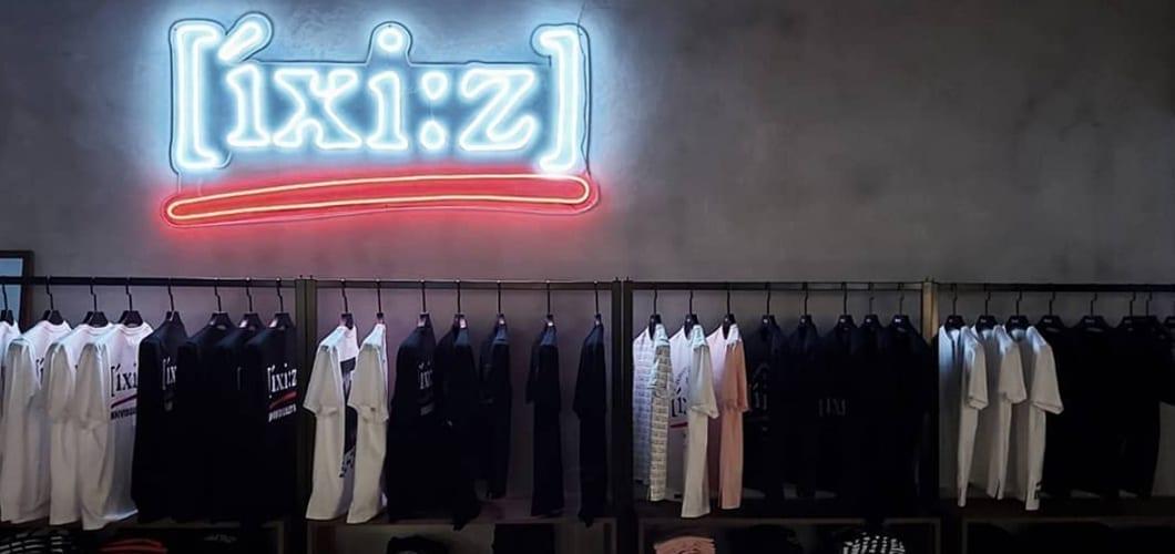 retail neon sign